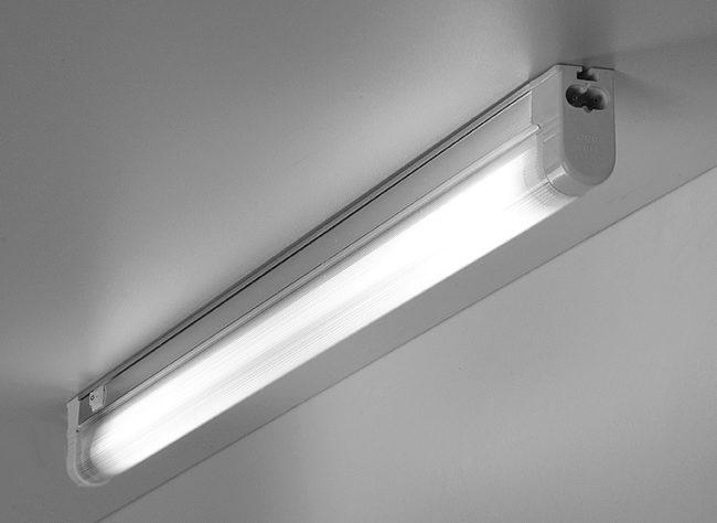 Светящаяся люминесцентная лампа