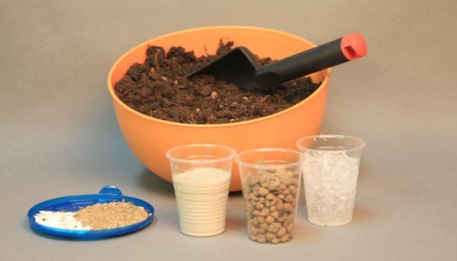 Компоненты для подготовки посадочного грунта для клубники