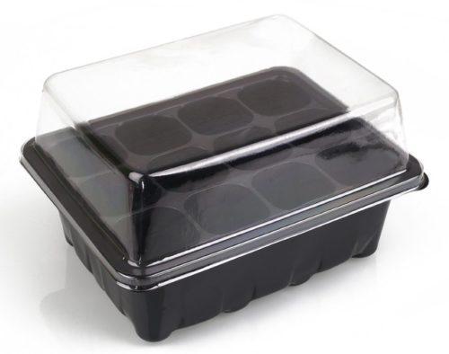 Пластиковый контейнер с крышкой