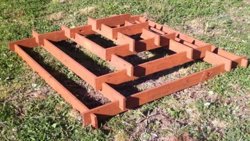 Каркас пирамиды для клубники