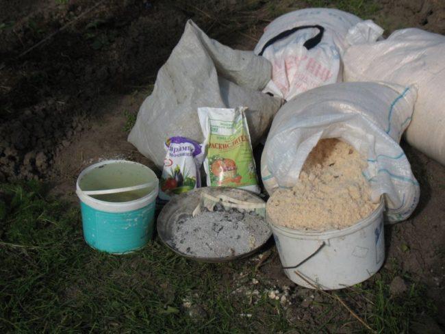 Раскислители для почвы под клубнику