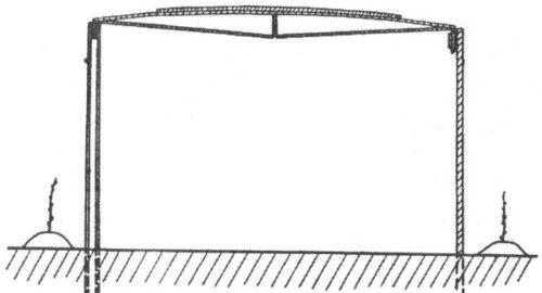 Схема шатровой горизонтальной шпалеры для выращивания винограда в полевых условиях