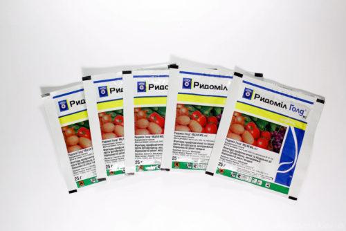 Препарат Ридомил Голд для обработки винограда от заболеваний