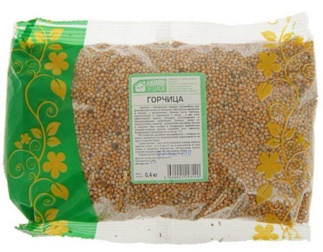 Полиэтиленовый пакет с семенами горчицы белой для летнего посева на дачном участке
