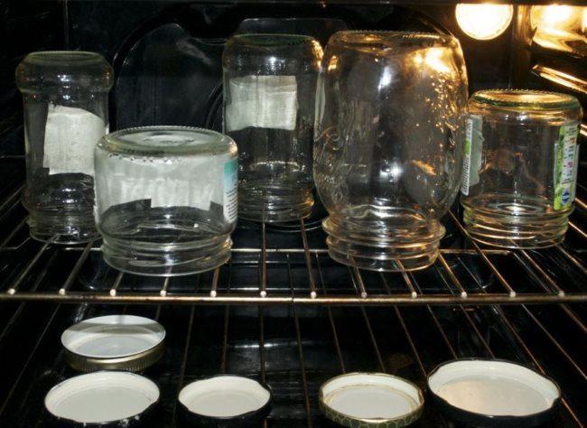 Стерилизация стеклянных банок в духовке перед посадкой семян орхидеи