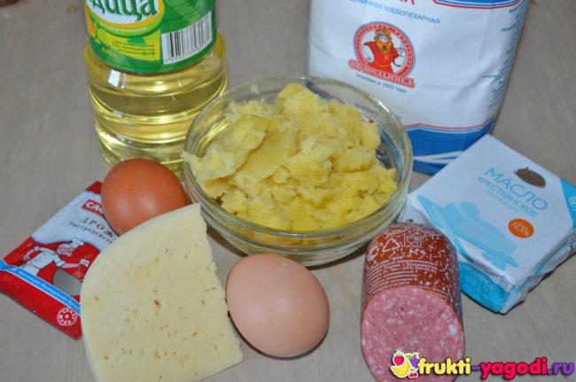 Ингридиенты для приготовления дрожжевого пирога из рецепта