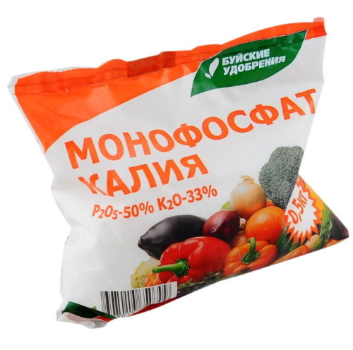 Пакет с монофосфатом калия для внесения под вишню в начале плодоношения