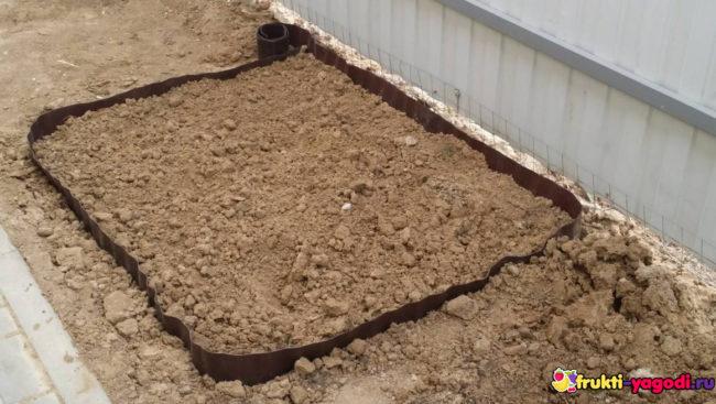 Подготовка грядки из глинистой почвы